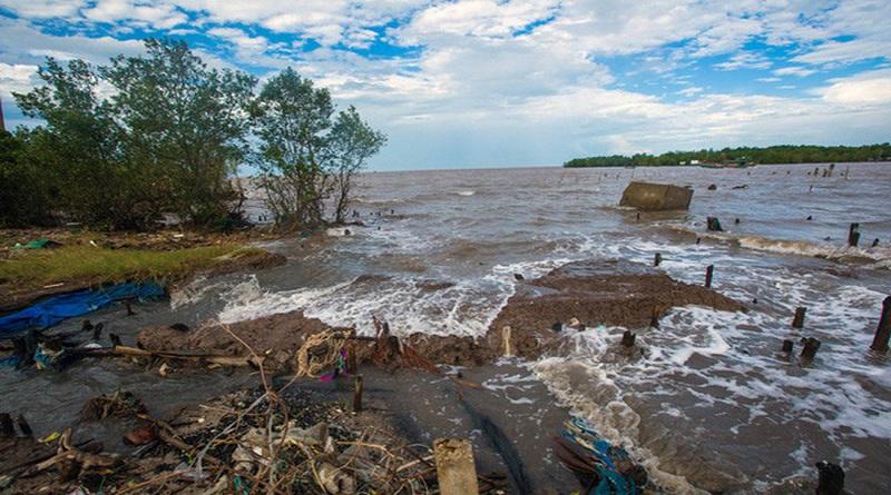 Biểu hiện của biến đổi khí hậu ở Việt Nam - Bão, lũ ngày càng nhiều