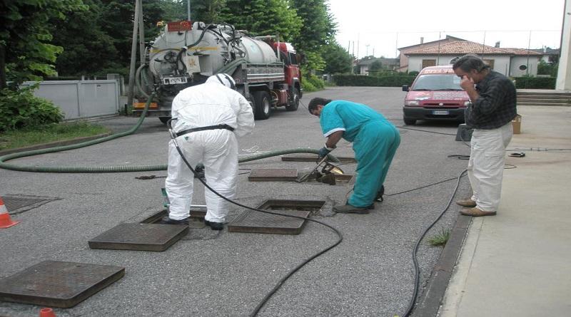 Hút bể phốt 247 cung cấp dịch vụ khử mùi hôi bể phốt, bồn cầu vệ sinh giá rẻ