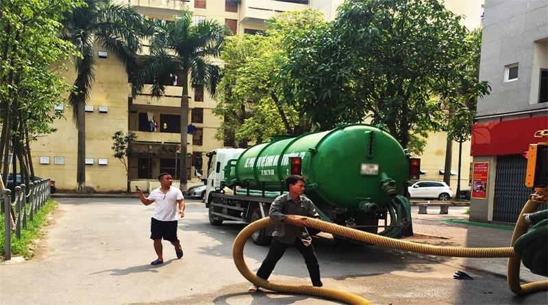 Hút bể phốt tại phố Dương Đình Nghệ