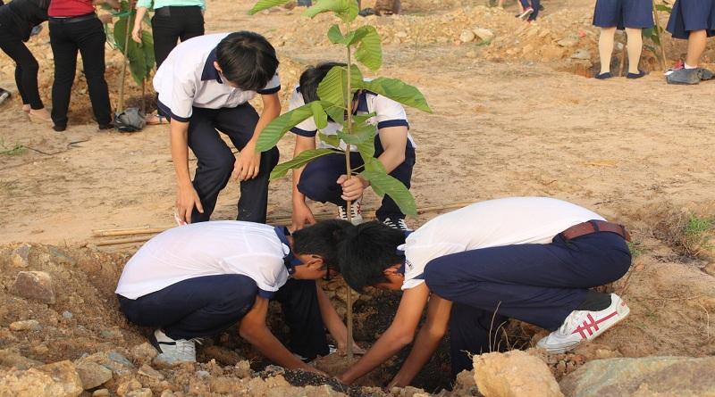 Sinh viên, học sinh cần làm gì để bảo vệ thiên nhiên?