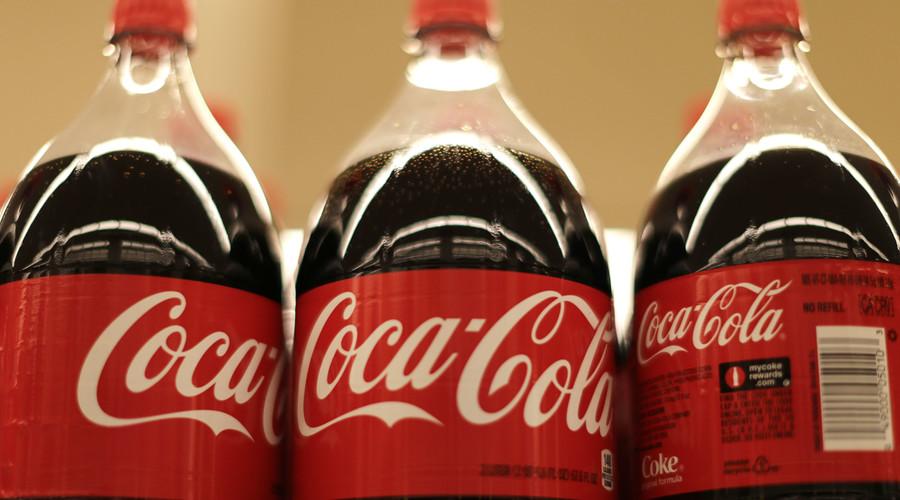 thông bồn cầu bằng coca cola