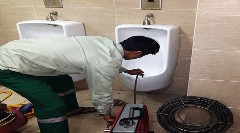 Dịch vụ thông tắc bồn tiểu nam giá rẻ tại Hà Nội